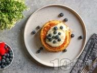 Протеинови палачинки със сирене котидж, яйца и кокосова захар